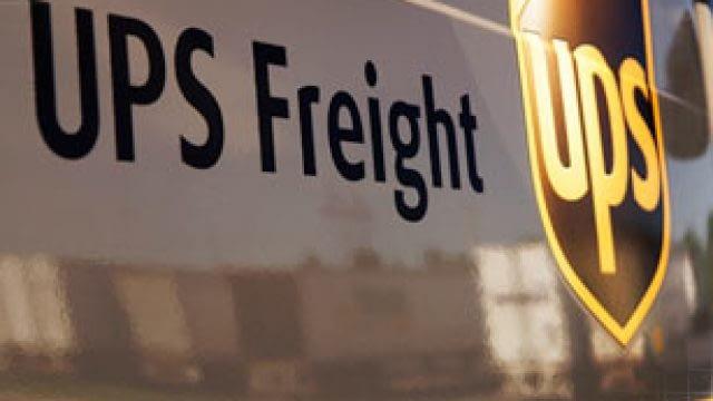 UPS Shipping Center